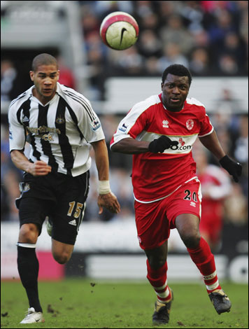Onyewu plies his trade at Newcastle ('06)