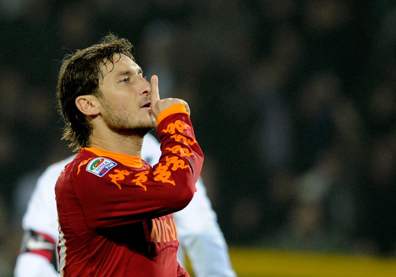 https://shinguardian.files.wordpress.com/2011/01/totti_shhh.png