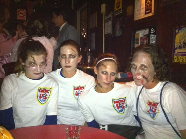 the us womens soccer team in honor of the 2015 world cup soccer champions this past summer i thought it would be a good idea for a group of friends to