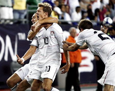 Holden rocks the mesh against Haiti, Summer 2009