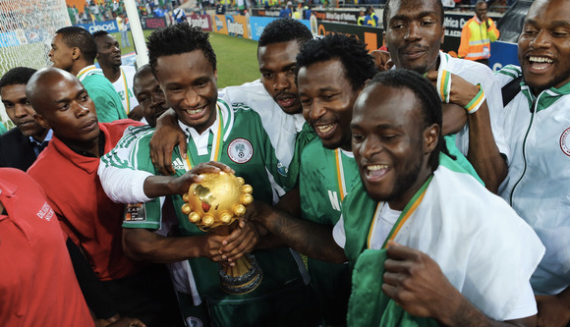 John Obi Mikel & Nigeria lift the African Cup of ... Something We Got of eBay in February 2013.